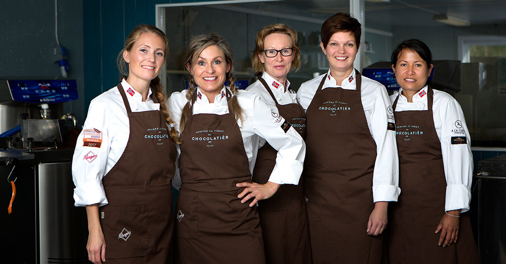 Jentene på  Tunet – Chocolatier